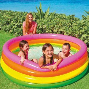 Jeux d'eau-piscine-jeux de plage